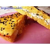 Peynirli Mısır Ekmeği