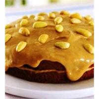 Çikolatalı Kremalı Yaş Pasta Tarifi