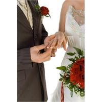 Evlilik İçin En Doğru Zamanı Öğrenin