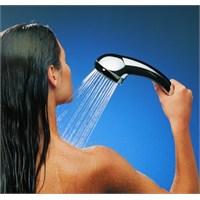 Sağlıklı Cilt İçin Nasıl Duş Almalı?
