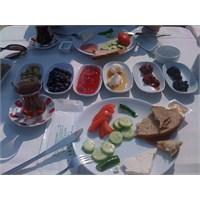 Trilye Kahvaltısı