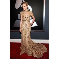 En Şık Taylor Swift Elbiseleri