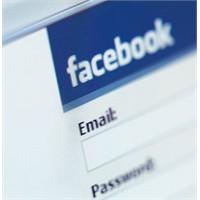 Facebook'a Hotmail üzerinden chat geliyor
