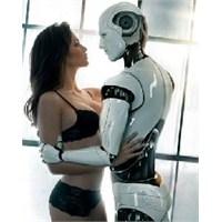 Kadınlara Erkek Robotlar Geliyor