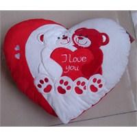 Bayan Sevgiliye Romantik Yılbaşı Hediyeleri