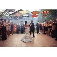 Yaza Özel Karnaval Gibi Açık Hava Düğünü