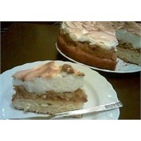 Elmalı Merengli Pasta