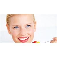 Dişleri Beyazlatmanın Doğal Yolları Nelerdir?