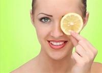 Ergenlik Sivilceleri İçin Limon Maskesi