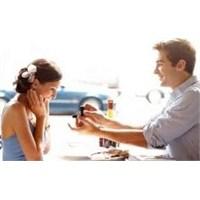Evlenme Teklif Etmenin 15 Farklı Yolu!