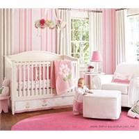 Pembe Renkli Bebek Odaları