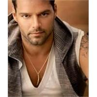 Bursa Festivali'ne Ricky Martin Geliyor!