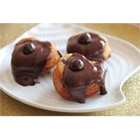Çikolata Soslu Haşhaşlı Muffinler