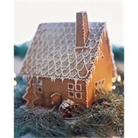 Yilbaşı İçin Kurabiye Ev