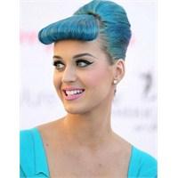 Katy Perry'nin Mavi Takıntısı