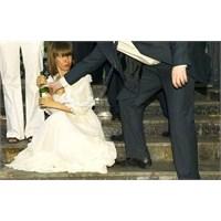 Sıra Dışı Ve Komik Düğün Fotoğrafları