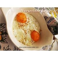 Sahanda Yağda Yumurta Nasıl Yapılır