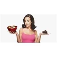 Diyet Yaparken Ara Öğün Yemek Gerekir Mi?