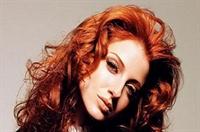 Sonbaharda Saçlarda Kızıl Tonları