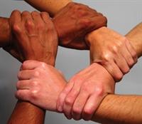 Ayrı Değil Aynı Yerde Birlik Olmalı