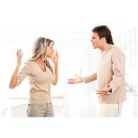 İlişkilerde Kıskançlık Gerekli Mi?