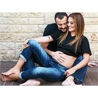 Demet Akalın'ın Hamile Diyeti Dudak Uçaklatıyor