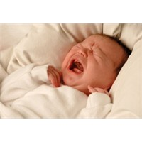 Bebeğim neden ağlıyor?