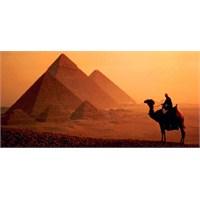 Antik Mısır'ın En Eski Ve Büyük Limanını Ortaya Çı