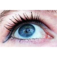 Sigara Göz Hastalıklarına Da Neden Oluyor