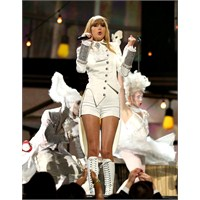 Taylor Swift Grammy Performansı 2013