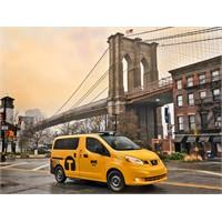 New York İlk Geleceğin Taksisine Kavuştu