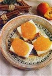 Ekmekli Şeftali Tatlısı