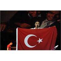 Morrissey: Yeni Albümümde İstanbul Şarkısı Olacak!