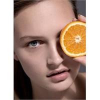 Portakalı Soyun Yüzünüze Koyun