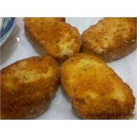 Galete Unlu Veya Kırıntılı Ekmek Kızartması