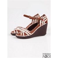 En Ucuz Ve En Moda Ayakkabı Markası