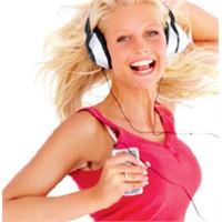 Çalışırken Müzik Dinlemeyin