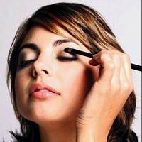 Çalışan Kadınlara Makyaj Önerileri !