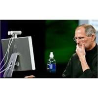 Apple'ı Bir Tek O Endişelendiriyor