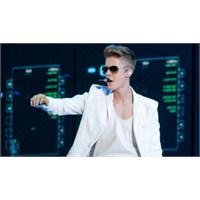 Justin Bieber Geçti