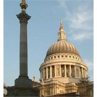 İngilterede Saint Poul Katedrali