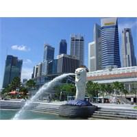 Uzak Doğunun En Parlak Ülkesi Singapur