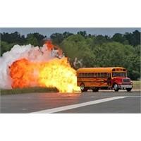 Jet Okul Otobüsü