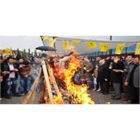 Sakarya'da Bdp'liler Nevruz'u Kutladı