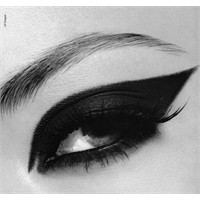 Eyeliner Modelleri Ve Teknikleri