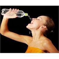 Tercihiniz Hangisi: Maden Suyu Mu, Soda Mı?