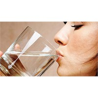 En Az Ne Kadar Su İçmek Cildi Güzelleştirir