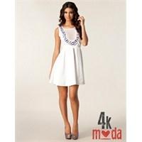En Şık Melek Modası : Beyaz Renk Elbiseler