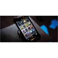 Lenovo Blackberry'e Kancayı Taktı...