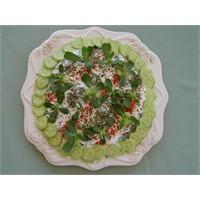 Yoğurtlu Semizotu Salatası - Yogurtkitabi.Com